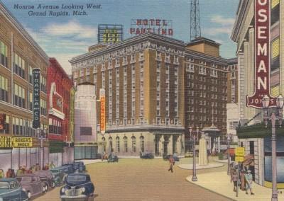 Monroe Avenue Looking West, Grand Rapids, MI - circa 1950